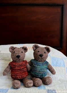 Designed to be knit in the round with magic loop, this 9 – 10″ teddy is cast on at the top of his...