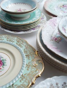 Love these dishes. Totally remind me of my grandmas.