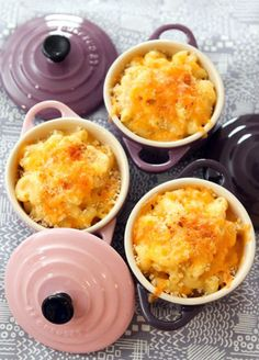 Jason's Mac and Cheese - An easy and delicious recipe using cute Le Creuset Pots! Oven Mac And Cheese, Best Mac N Cheese Recipe, Cheese Recipes, Mac Cheese, Mac And Cheese Recipe For Two, Cheese Fruit, Le Creuset, Food Change, Gourmet