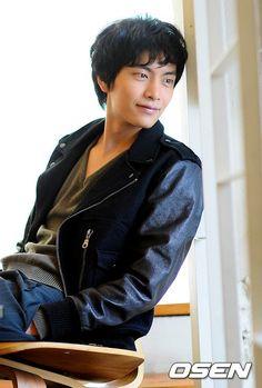 Lee Min-ki (이민기) - Picture @ HanCinema :: The Korean Movie and Drama Database