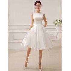Aliexpress.com: Compre 2015 simples marfim com arco enfeites De Noiva Curto joelho Vestidos De Noiva Curto Abiti Da Sposa personalizado de confiança vestir-se para vestidos de baile menos fornecedores em Suzhou Sweet Dream Wedding Dress Co.,Ltd