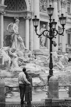 A Beautiful and Romantic Honeymoon Photo Shoot from the Trevi fountain to the Colosseum. Image by the Andrea Matone Photography studio in Rome Italy Rome Photography, Honeymoon Photography, Rome Pictures, Postcards From Italy, Travel Pose, Italian Summer, Trevi Fountain, Romantic Honeymoon, Travel Aesthetic