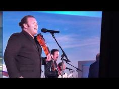 Lee Greenwood performs at Trump inauguration Usa Songs, Goose Bumps, Star Spangled Banner, Nashville Tennessee, Spanish Lavender, Music Videos, Meant To Be, Give It To Me, Politics