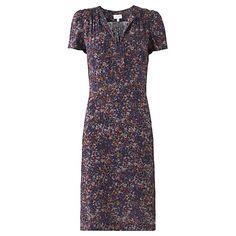 28d0988b337 13 Best Capsule wardrobe - business trips images | Capsule wardrobe ...