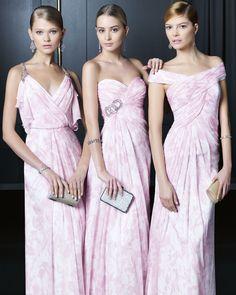 Trajes de madrina de boda: consejos y vestidos para que te inspires