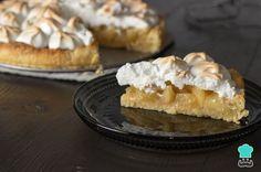 Aprende a preparar Pie de limón con merengue y galletas con esta rica y fácil receta. Sigue las instrucciones paso a paso que comparte Nadia Sánchez para preparar este exquisito pie de...