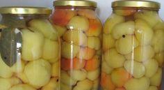 Ovako ih spremam niz godina, jednostavno odlične moja porodica ih obožava    Sastojci  - 6 -8 kg paradajz paprika  Za barenje:  - 4 l vode - 1l alk