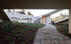 White O _ Toyo Ito & Associates, Architects + Christian de Groote - Buscar con Google