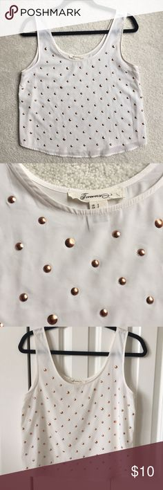 Forever 21 White and Rose Gold Top super soft fabric. only worn once or twice! Forever 21 size Small. Forever 21 Tops