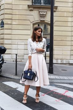FASHIIONCARPET. Blush bird Blouse+blush midi skirt+navy 3.1 Phillip Lim Mini Pashli Bag+grey ankle strap heeled sandals with perlen. Late Summer Outfit 2016FASHIIONCARPET