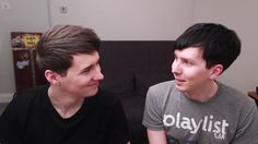 Everybody knows that British YouTubers/best friends/house mates Dan Howell and Phil Lester are secretly dating.