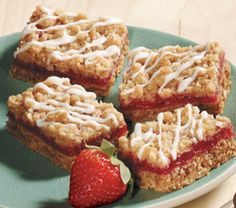 Recipe: Strawberry rhubarb bars | MNN - Mother Nature Network