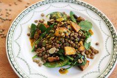 Sosovicovy salat s tempehom