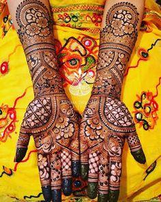 latest mehndi design new mehndi designs, latest mehandi designs Mehndi Designs Front Hand, Back Hand Mehndi Designs, Legs Mehndi Design, Mehndi Designs Book, Latest Bridal Mehndi Designs, Modern Mehndi Designs, Mehndi Design Photos, Wedding Mehndi Designs, Beautiful Mehndi Design
