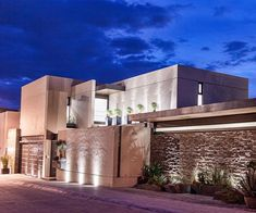 Casas de estilo moderno por Loyola Arquitectos #casasmodernasmexicanas