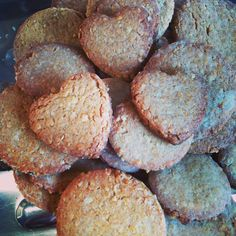 If you are South African and love pronutro - you need to try my Gran's Pronutro Biscuits Recipe! 2 Cups Oats 2 cups flour 2 cups pronutro 450g margarine 1 1/4 cups sugar 1t salt 1t baking soda 2t cream of tartar ½ cup milk Rub margarine into the flour, add in sugar, oats, pronutro and salt. Mix gently. Mix baking soda & cream of tartar in milk or water and add to main mix. Roll out and cut into shapes. Bake for for 10-12 minutes on 180 or until golden. Then cool on a wire rack. Health Bar, South African Recipes, No Bake Treats, Biscuit Recipe, Sweet Stuff, Baking Recipes, Baking Soda, Tea Time, Biscuits