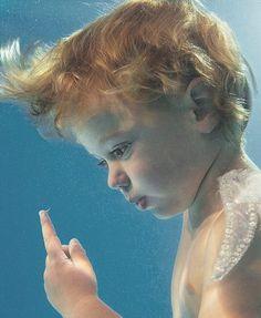 under-water-child.