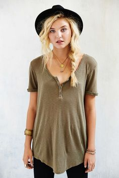 Truly Madly Deeply Henley Tunic Top - Urban Outfitters -different color Casual Outfits, Cute Outfits, Fashion Outfits, Womens Fashion, Fashion Fashion, Short, Passion For Fashion, Autumn Winter Fashion, Dress To Impress