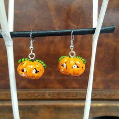 Ohrringe für die nächste Halloweenparty