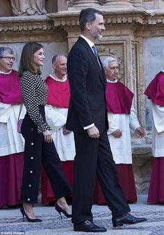 Former journalist Letizia put on a stylish display, slipping her slender waist into a mon...
