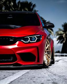 BMW The best luxury sports cars. These are dream cars that are very expensive. From famous brands like Lamborghini, Ferrari, BMW, Mazda, etc. Bmw Z4, Suv Bmw, Bmw S1000rr, Bmw Cars, Mazda Cars, Bugatti Cars, Bmw Autos, Bmw Classic, Bmw M Power