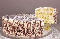 Neobična piškota torta (krema od kiselog vrhnja, slatkog vrhnja, kondenziranog mljeka ili bijele linolade )