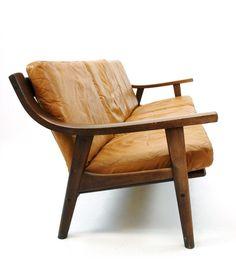 Hans Wegner; #530 Oak and Leather Sofa for Getama, 1973.