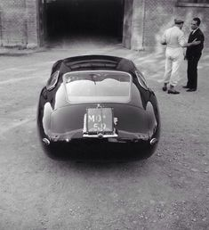 Cars can't be this beautiful anymore. 1957 Maserati 4.5 Coupe