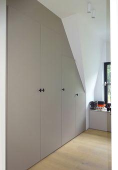 Attic Closet, Closet Bedroom, Home Decor Bedroom, Girls Bedroom, Build A Closet, Loft Spaces, White Bathroom, Tall Cabinet Storage, New Homes