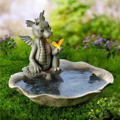 Dragon Statue, Dragon Art, Stone Garden Statues, Foto Fantasy, Dragon Garden, Plaster Sculpture, Fountain Design, Clay Art Projects, Fairy Crafts