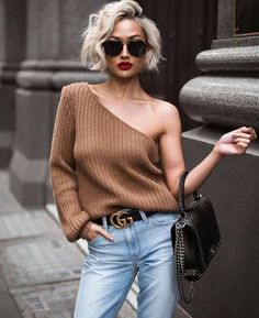50 Fresh Short Blonde Hair Ideas to Update Your Style in 2019 - Haar Ideen Half Sweater, Micah Gianneli, Summer Shorts Outfits, Short Blonde, Look Fashion, Short Hair Cuts, Pixie Cuts, Easy Hairstyles, Short Blond Hairstyles