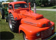 In the Allen Kraus fitted a 1948 Ford pickup truck cab on a 1949 Case tractor to provide a more commodious passenger compartment for. 1948 Ford Pickup, Ford Pickup Trucks, Gmc Trucks, Case Ih Tractors, Old Tractors, Antique Tractors, Vintage Tractors, New Tractor, Tractor Cabs