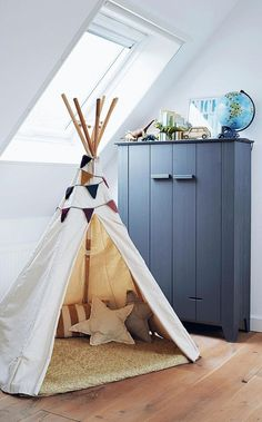 Kick's teepee is from French children's shop Smallable