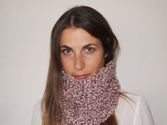 Easy to wear wool scarf / cowl by Quiosque de by quiosquedetrapos, €12.00