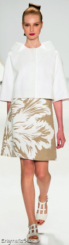 Carolina Herrera Spring Summer 2015 Ready-To-Wear ===
