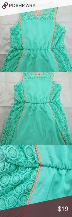 My Michelle Juniors Teal Dress Size 12 Beautiful teal dress  Juniors size 12  Missing single button for rear closure My Michelle Dresses