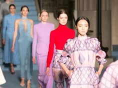 Runway Highlights from London Fashion Week  - See some of the best fashion London has to offer