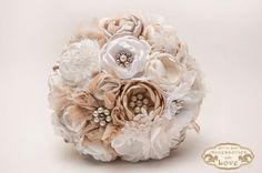 540 LEI | Buchete mireasa handmade | Cumpara online cu livrare nationala, din Oradea. Mai multe Nunta si Botez in magazinul Flower.Flavour pe Breslo.