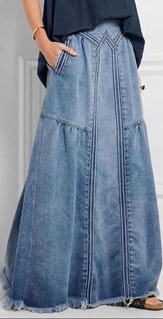 [On Sale] Basic Plain Denim Shift Skirtson Big Sale Now — 7 Sizes for Choices craft In case you are like me you reside and breathe trend. You happen to be frequently influenced with a lot of new types racing as a result of your head, lots of you can … Denim Fashion, Look Fashion, Fashion Outfits, Womens Fashion, Fashion Clothes, Mode Hippie, Mode Boho, Mode Jeans, Denim Ideas