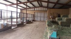 Horse Barn Plans, Barn House Plans, Barn Stalls, Horse Stalls, Show Cattle Barn, Small Horse Barns, Barn Layout, Horse Barn Designs, Goat Barn