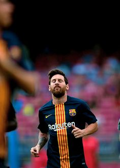 God Of Football, Football Gif, Soccer Post, Lionel Messi Wallpapers, Leonel Messi, Messi 10, Thing 1, Best Player, Cristiano Ronaldo
