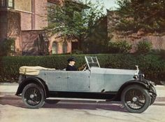 [ROLLS ROYCE] Six Cylinder Open Touring Car [design Z] Original photo-lithograph, printed by Blades & East & Blades Ltd., London, 1922.