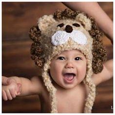 Gorro leoncito. Divertido, suave, esponjoso y espectacular!! Gorrito para el leoncito o leoncita de la casa!! En tonos beige y marrón.