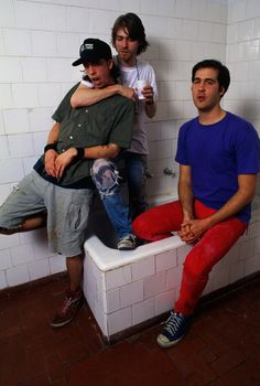 Dave Grohl, Kurt Cobain and Krist Novoselic #Nirvana - January 1993