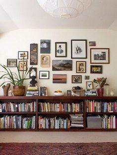 Living room shelves floating bookshelves ideas for 2019 Small Living Rooms, Home Living Room, Living Room Furniture, Living Room Designs, Living Room Decor, Modern Living, Rustic Furniture, Dining Rooms, Office Furniture