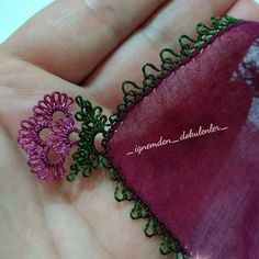 A must if not close Yakın # igneoyasi # needlepoint - Tatting Ideen 2019 Needle Tatting, Tatting Lace, Needle Lace, Drops Design, Crochet Unique, Dresses Elegant, Hairpin Lace, Lacemaking, Ravelry