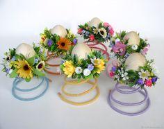 Пасхальные подставки для яиц с цветочными браслетиками – купить в интернет-магазине на Ярмарке Мастеров с доставкой - F96XVRU