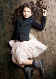 eliane lena Mixing girly and boyish has never loved so cute!