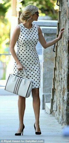 Ivanka Trump heads out in polka dots for military event- You can examine all tattoo models and print them out. Work Fashion, Trendy Fashion, Womens Fashion, Fashion Design, Vintage Fashion, Fashion Trends, Vestido Dot, Jw Mode, Ivanka Trump Style