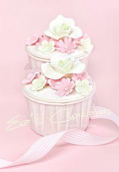 Cupcakes - lime and pink by Eva Blixman, via Flickr